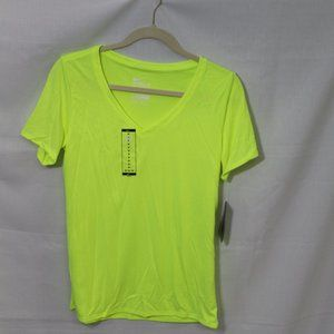 NWT Nike Womens Training Dri-Fit Tee Size M